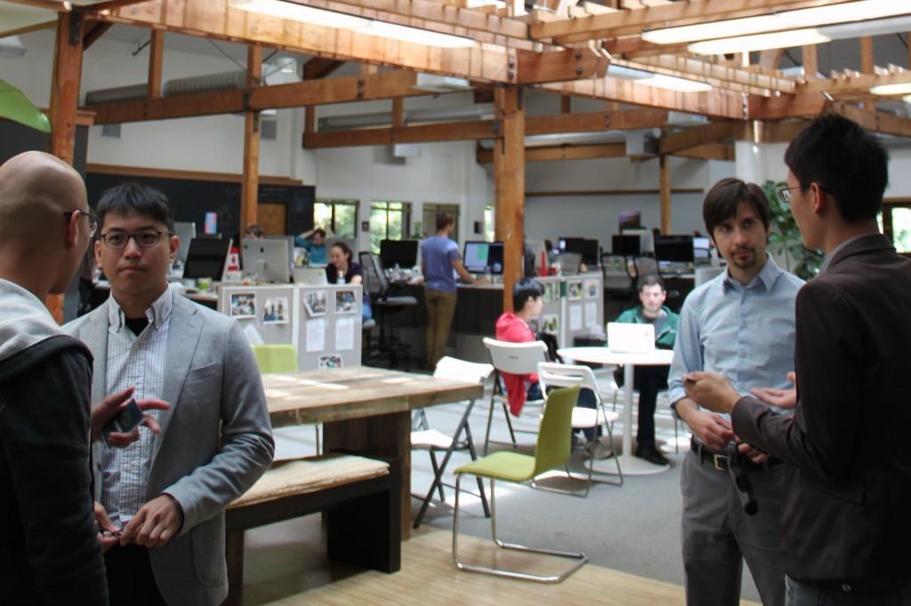 2014年6月,均一平台的同仁於美國參訪可汗學院。(圖片來源:鐘敏豪提供)