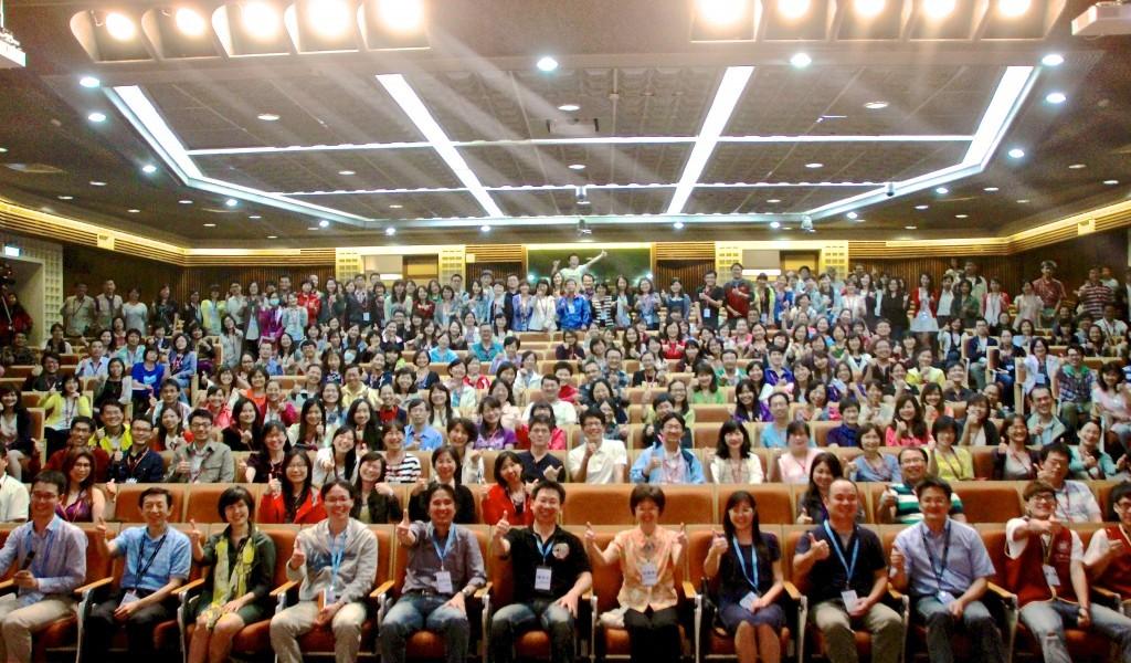 2014年5月於逢甲大學舉行的「中區翻轉教室工作坊」(圖片來源:鐘敏豪提供)