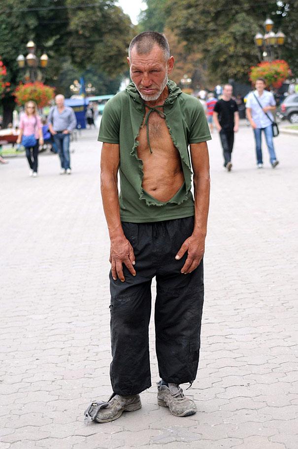 homeless-slavik-street-fashion-photography-yurko-dyachyshyn-7