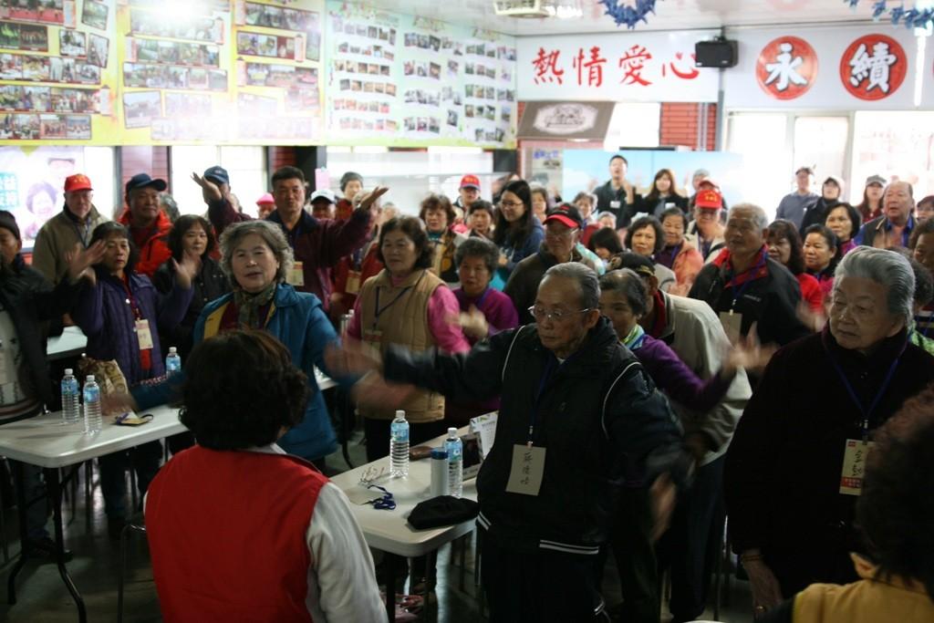 馬興社區超過百位長者出席活動。