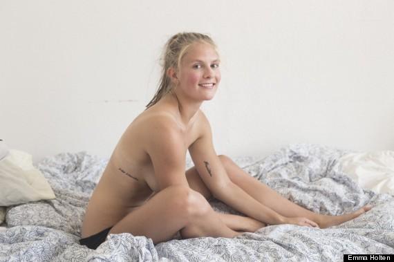 Emma Holten在經歷「色情報復」後,她決定不以自己的裸體為恥,拍了一組「她覺得自己這樣很好」的裸露照片告訴世界:我的身體是一個人的身體(human subject),而不是被性化的軀體(sexual object)。(圖片來源)