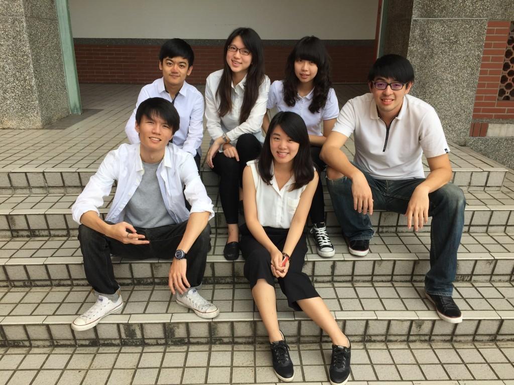 抬頭大師APP開發團隊─台灣大學「3C斷捨離」