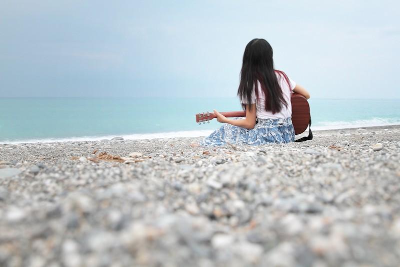 《背著吉他靠近你》作者賴儀婷(圖片來源:群星文化)