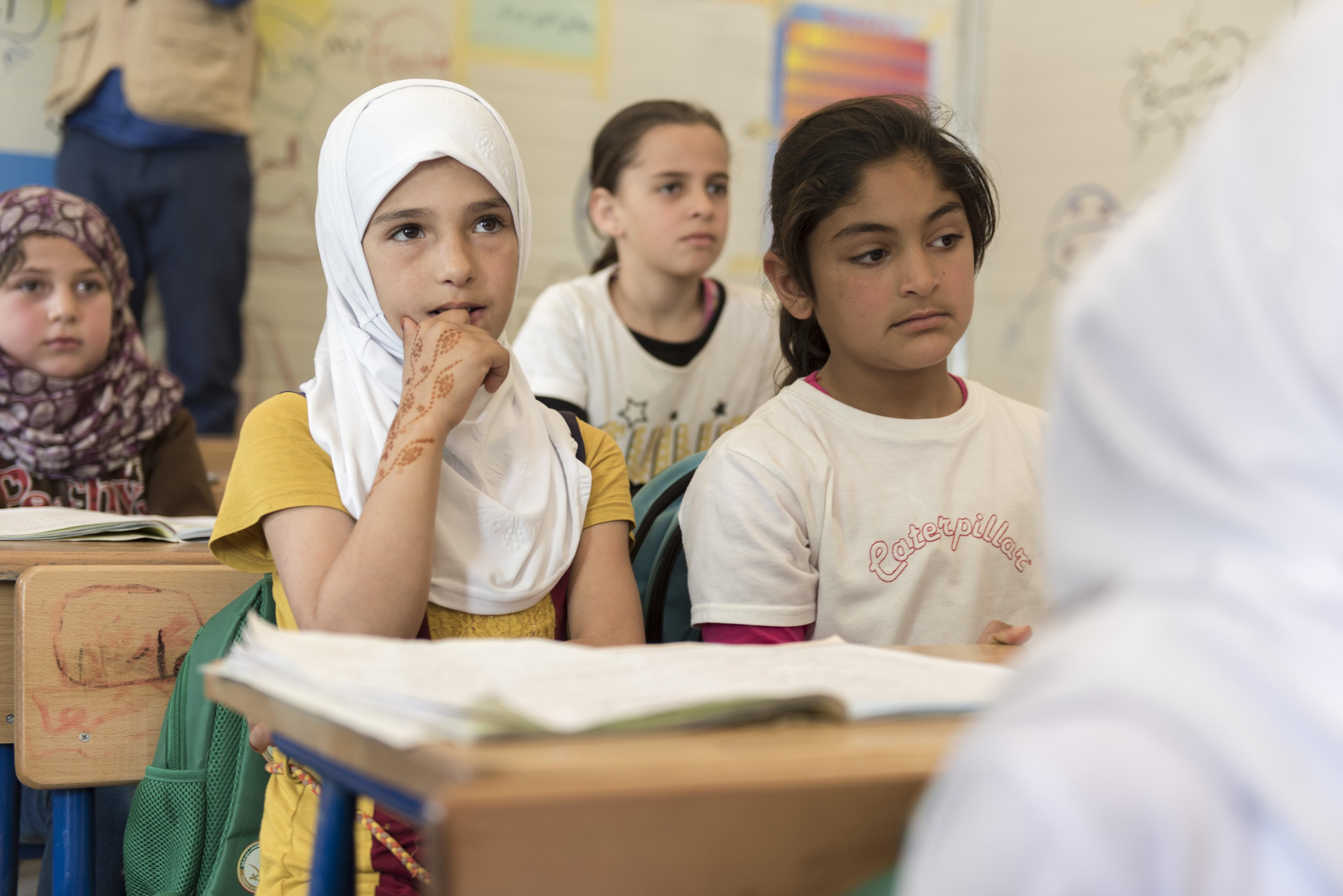 Secretary General Ban Ki-moon Visits Visit of Zaatari Refugee Camp [REMARKS & PRESS REMARKS] 10:00 Ð 10:15Ministry of Education School [District 1] (with Mrs. BAN) (Kallon) (Montiel, Alhendawi, Akiwumi, Khan) (WB delegation)