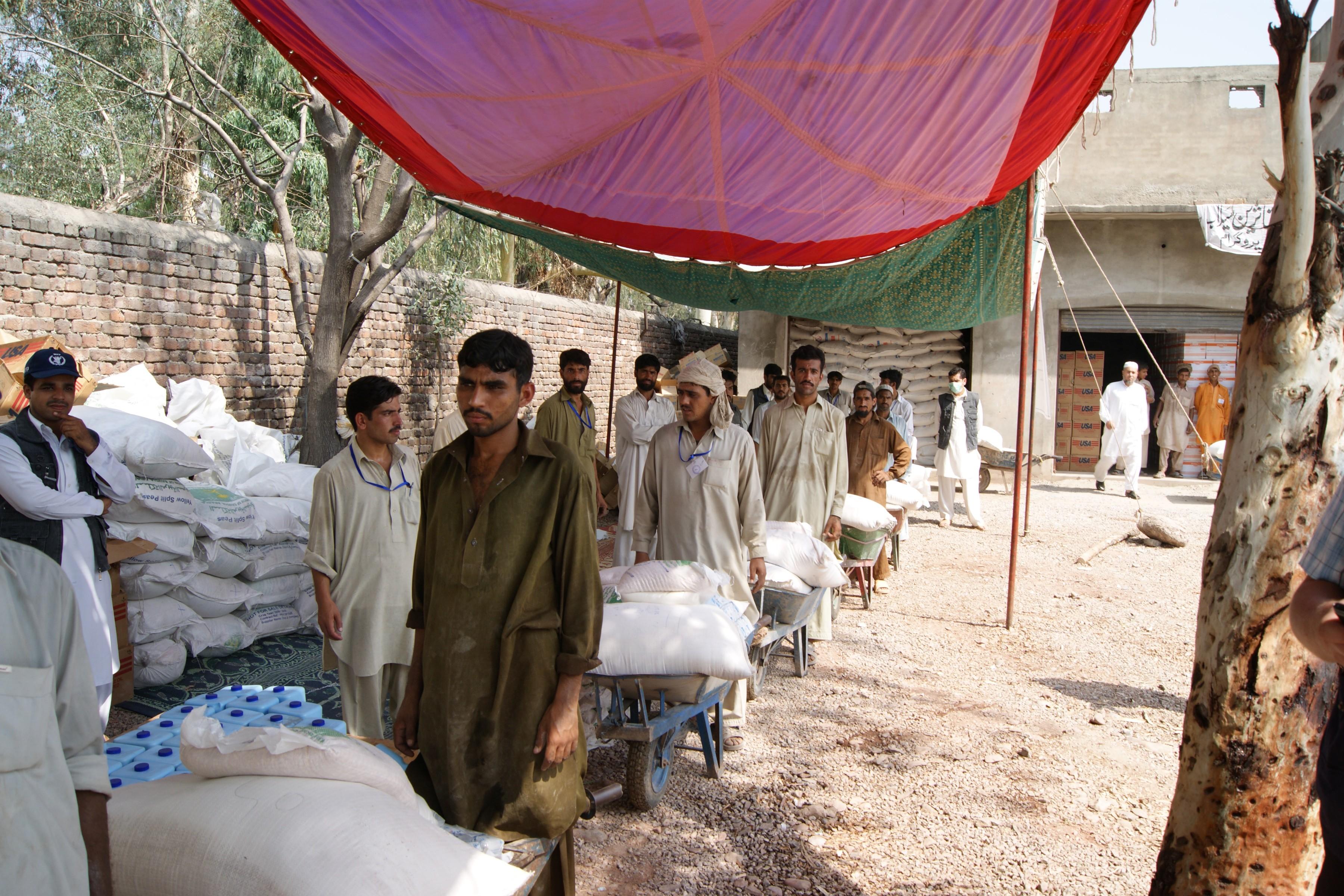 WFP 在巴基斯坦的食物分配