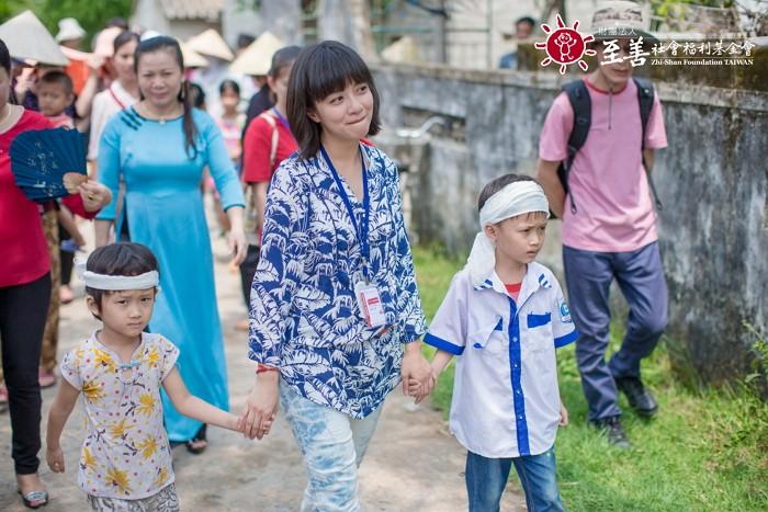 至善與童星李淑楨合作越南幼教扶助。圖片來源:至善社會福利基金會