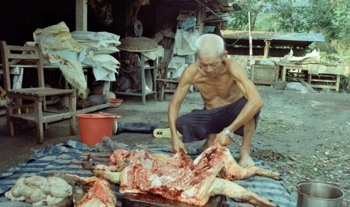 紀錄片《靈山》呈現太魯閣族長者的生活型態。