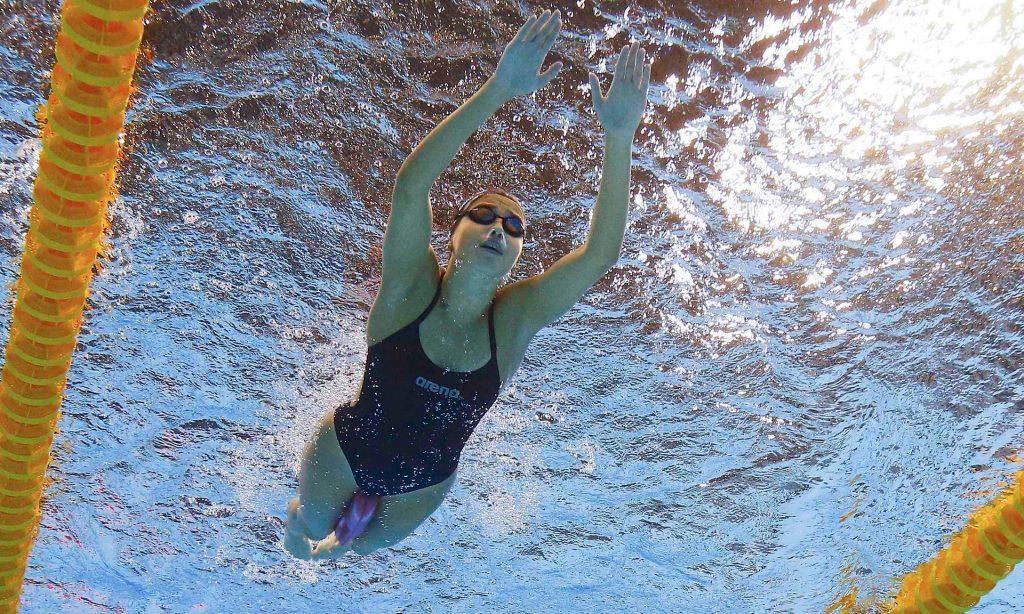 18 歲的敘利亞難民馬蒂妮正在為 2016 年里約奧運游泳比賽練習/圖片來源:Michael Dalder/Reuters