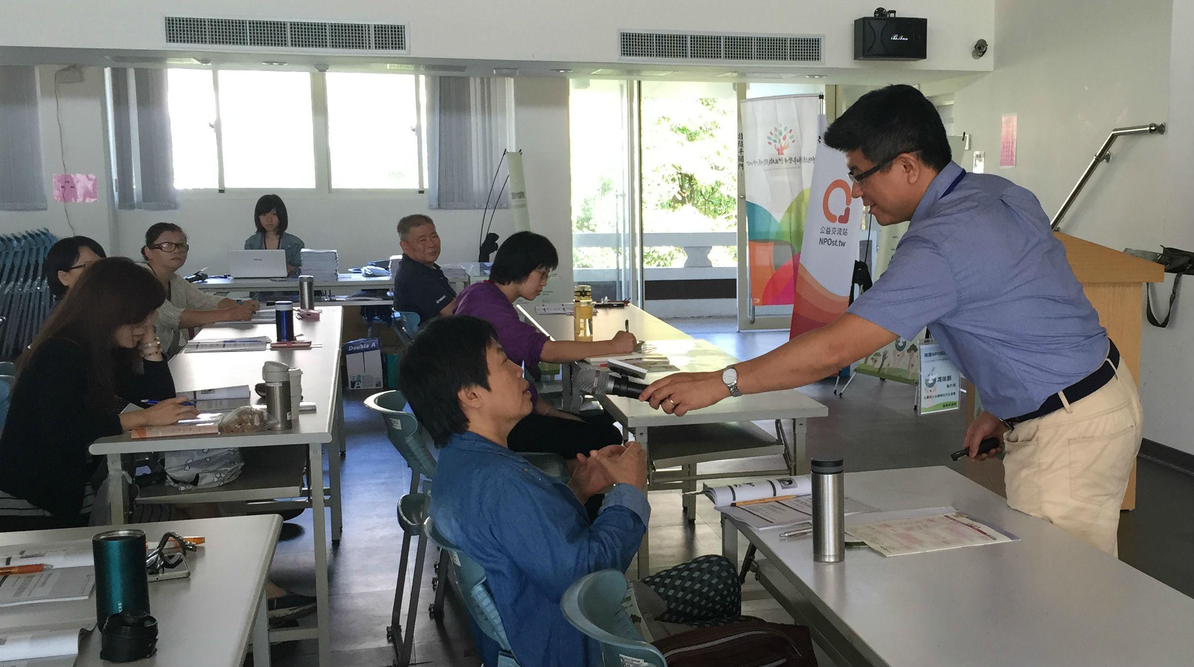 馮瑞麒提醒,需求評估是一門專業,不應該把自認為的需求強加到受助者身上。